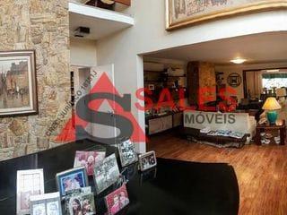 Foto do Casa-Casa adaptada para cadeirante à venda, 564 m² por R$ 2.450.000,00 Localizada na Avenida Antônio Batuira - Alto de Pinheiros, São Paulo, SP