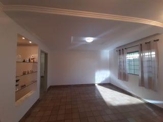 Foto do Casa-Sobrado Comercial  à venda Jd Bancários - Zoneamento ZR2 - 5 Quartos sendo 2 Demi-suítes - Ótimo para Clínicas, Consultórios, Escritórios e Empresas - Analisa permuta por Apartamentos