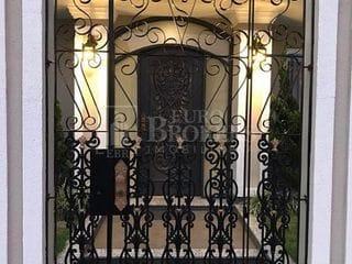 Foto do Casa-Casa alto padrão para venda 3 dormitórios sendo 1 suíte