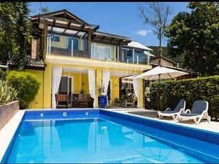 Foto do Casa-Casa belíssima e encantadora na praia de  Taquaras com vista para o mar.