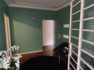 Foto do Casa-Casa Comercial  à venda Jd Petrópolis - 5 Quartos sendo 2 suítes - Amplo Quintal - 2 Vagas de Garagem - Jardim - Sala com 2 ambientes
