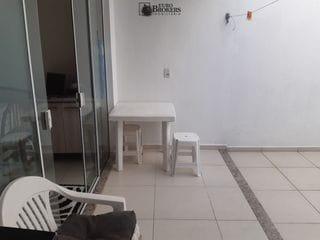 Foto do Casa-Lindo sobrado semi mobiliado no centro de Balneário Camboriú