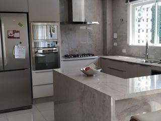 Foto do Casa-MUDE-SE AGORA MESMO! Casa finamente mobiliada. Casa à Venda, Barra, Balneário Camboriú, SC