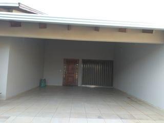 Foto do Casa-Casa térrea à venda, 3 quartos  (sendo 1 suíte), sala, sala de jantar. copa, coz., ampla área de serviço, churrasq., forno à lenha. Califórnia, Londrina, PR