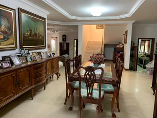 Foto do Casa-CONDOMINIO PITANGUA Casa à venda, 5 QUARTOS COM SUITE, SALA DE ESTAR, SALA DE JANTAR, LAREIRA , A 1KM DO SHOPING CATUAI -Gleba Fazenda Palhano, Londrina, PR