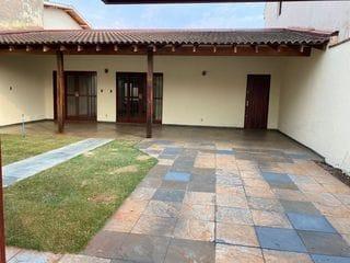 Foto do Casa-Casa para Locação! Ótima oportunidade para  morar em casa em bairro residencial, Jardim Califórnia, Ribeirão Preto, SP