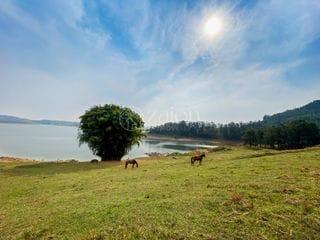 Foto do Chácara-Sítio pé na água na represa, na melhor baía da região 60 mil metros