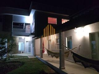 Foto do Chácara-Chácara com 3 dormitórios sendo uma suíte com vaga para 7 carros  e 1000 metros de área à venda no condomínio Morada do Sol, Santana de Parnaíba, SP