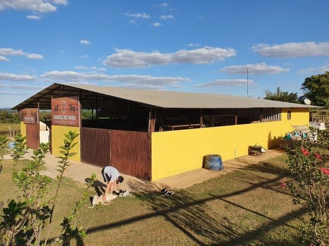 https://static.arboimoveis.com.br/CH0047_QCI/fazenda-a-venda-setor-de-mansoes-dom-bosco-lago-sul-brasiliadf1630398114573ovkrf.jpg