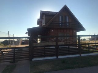 Foto do Chácara-Chácara com 3 dormitórios à venda, 300 m² por R$ 250.000,00 - Vale do Igapó - Pederneiras/SP