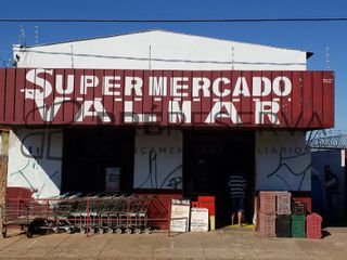 Foto do Galpão-Excelente oportunidade! Galpão comercial com mercado, 233,80m² de área útil, à venda no Parque Jaraguá em Bauru, SP