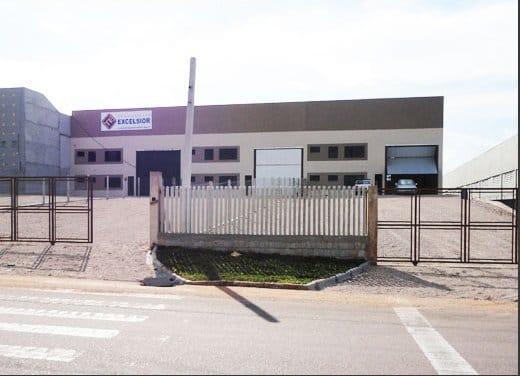 https://static.arboimoveis.com.br/GA0008_GOUV/galpao-pavilhao-industrial-para-venda-em-capela-velha-araucaria-pr-ba1628022707601bktoq.jpg