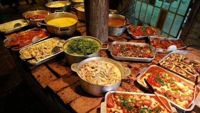 Foto do Loja - Restaurante à venda com 160 lugares (500m²) , Cozinha completa com Churrasqueira e já possui clientela. | DCOELHO IMÓVEIS