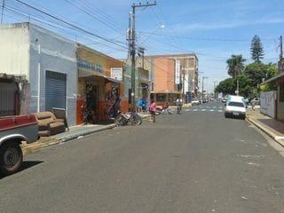 Foto do Ponto-Casa comercial à venda, Centro, Américo Brasiliense.