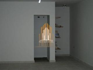 Foto do Prédio-Prédio no Centro Comercial de Alphaville