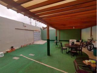Foto do Sala-Casa de esquina para fins comerciais no Iracema