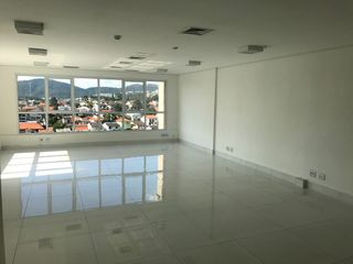 Foto do Sala-Sala para aluguel, 2 vagas, Sítio Tamboré Alphaville - Barueri/SP