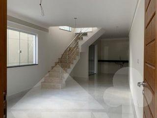 Foto do Sobrado-Excelente casa nova à venda com 96 m² e 3 dormitórios por 680 mil reais, localizada no bairro VILA NIVI, SÃO PAULO, SP.