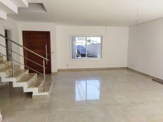 Foto do Sobrado-Sobrado 3 dormitórios, sendo 1 suíte, à venda bairro Água Verde
