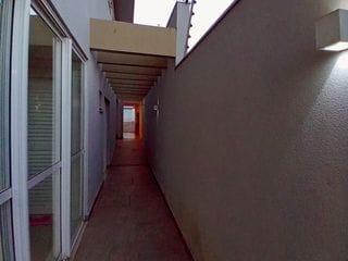 Foto do Sobrado-Sobrado à venda, Zona 08, Maringá, 275m² úteis, 300m² de terreno, 3 suítes, sendo uma master, 5 vagas de garagem.
