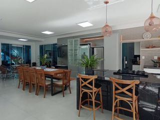 Foto do Sobrado-Sobrado em Condomínio para Venda em Maringá, Jardim Fregadolli, 3 dormitórios, 3 suítes, 3 banheiros, 4 vagas