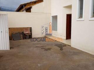 Foto do Sobrado-Casa ampla tipo Vilage solto de ambos os lados com 3/4 e 3 vagas de garagem no Morada dos Pássaros em Vitória da Conquista