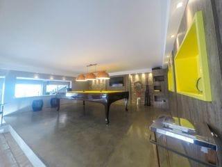 Foto do Casa-Casa de alto padrão à venda no Bigorrilho uma das melhores localizações de Curitiba, ao lado do Parque Barigui.