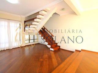 Foto do Sobrado-Sobrado Triplex com 245m², 3 Dormitórios, sendo 1 Suíte, Edícula com Churrasqueira e 2 vagas - à venda, Água Verde, Curitiba, PR