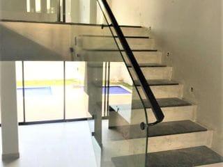 Foto do Sobrado-Vendo Sobrado Novo, Arquitetura Moderna, Condomínio Euroville II Bragança Paulista SP