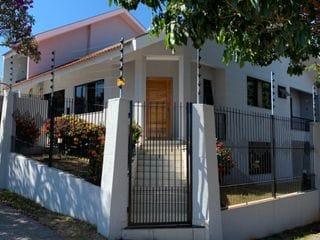 Foto do Sobrado-Sobrado à venda, Jardim Pinheiros, Maringá, PR