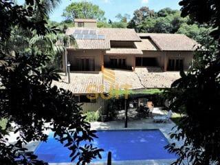 Foto do Sobrado-Espetacular Casa no Forest Hills com Projeto de Paisagismo e Iluminação com 4 Dormitórios, Piscina e Ar Condicionado