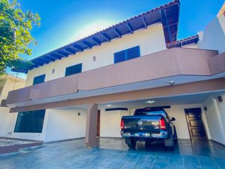 Foto do Sobrado-Sobrado com 3 dormitórios para alugar, 304 m² por R$ 6.000,00/mês - Lago Parque - Londrina/PR
