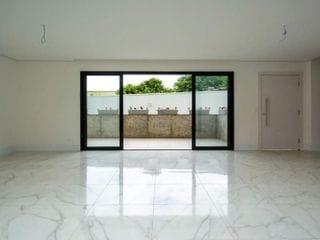 Foto do Sobrado-Sobrado em condomínio à venda com 3 dormitórios e 248 metros no bairro Bigorrilho em Curitiba, PR R$ 1.200,000,
