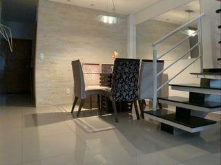 Foto do Sobrado-Sobrado à venda, com 100 metros quadrados, 3 dormitórios, 3 banheiros e 2 vagas de garagem na Chácara Seis de Outubro, São Paulo.