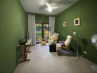 Foto do Sobrado-Chác. Vale do Rio Cotia - 4 Dormitórios (2sts) Linda c/ Lareira Adega Piscina e Gourmet Ótima edícula!