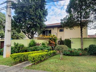 Foto do Sobrado-Sobrado  Duplex com jardim em excelente localização, 5 quartos e 4 vagas à venda, Bigorrilho, Curitiba, PR