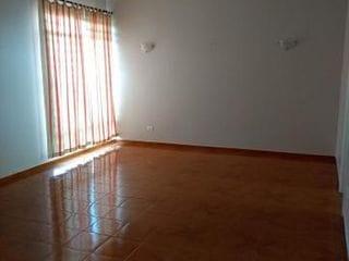 Foto do Sobrado-Sobrado  à venda c/ 4 dorm. (01 suíte) com sacadas-  3 Gargarem - 2 Salas - 4 Wc -Bairro: Quebec, Londrina, PR