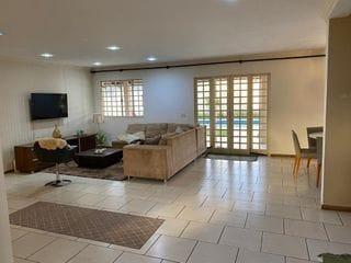 Foto do Sobrado-Sobrado à venda Jd. Granville Parque Residencial - 3 Quartos sendo 1 Suíte Master - Piscina - Churrasqueira - Lavabo - Sala 3 ambientes - Jardim - Quintal