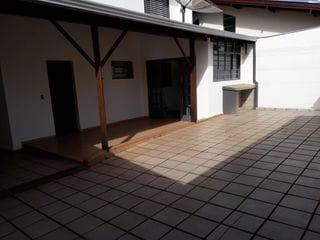 Foto do Sobrado-Sobrado à venda , Jardim Cláudia  _ Próximo ao Muffato da Madre _  3 quartos sendo 1 suite com closet- dependência completa  233mts area útil  - Londrina  _  PR