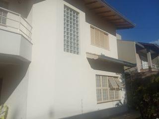 Foto do Sobrado-Sobrado à venda, 4 quartos, 2 salas, 5 banheiros, garagem para 5 carros, ótima localização próximo a Av. Tiradentes , Messiânico, Londrina, PR