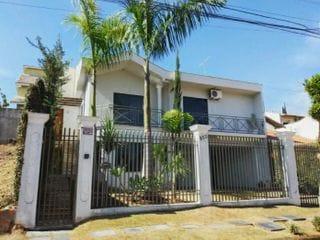 Foto do Sobrado-Sobrado à venda, Jardim Nápoles, Londrina, PR - 3 Quartos, 3 banheiros, vaga para 3 carros, área gourmet com churrasqueira e cozinha equipada