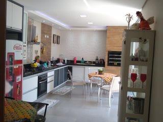 Foto do Sobrado-Linda casa à venda no Antares - Londrina/PR - 4 quartos, sendo uma suíte - área gourmet com churrasqueira - 3 vagas