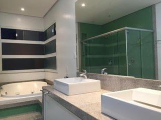 Foto do Sobrado-Casa á venda no condomínio Royal Park Residence  com 4 dormitórios sendo 2 suítes no bairro  Esperança, Londrina, PR