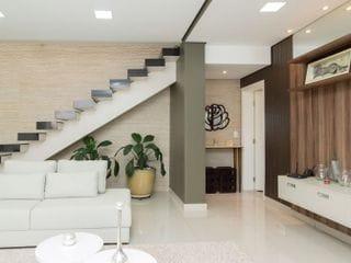 Foto do Sobrado-Sobrado à venda -  4 quartos - Sacada - Churrasqueira - Condomínio Vale do Arvoredo - Londrina, PR