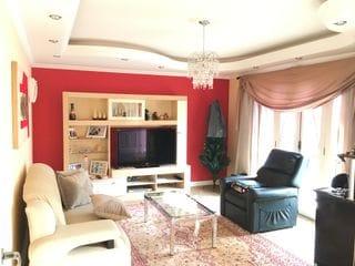 Foto do Sobrado-Sobrado à venda, 3 quartos sendo 1 suite, 3 banheiros, 4 vagas, churrasqueiras, Vila Aparecida, Bragança Paulista, SP