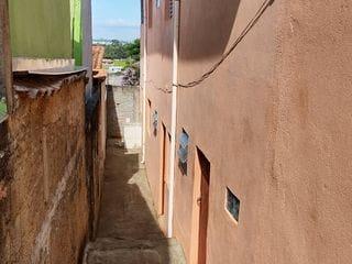 Foto do Sobrado-Sobrado à venda com 200m2 tendo 2 Dormitórios, 2 salas, dois banheiros e 3 vaga de automóveis. Bairro - Jardim Águas Claras, Bragança Paulista, SP