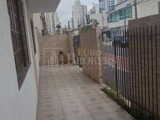 Foto do Casa-Excelente sobrado dividido em 3 apartamentos