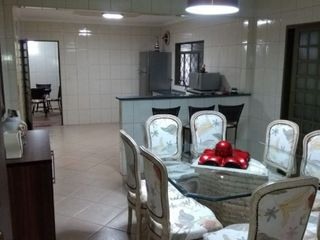 Foto do Sobrado-Sobrado com 4 dormitórios à venda, 284 m² por R$ 773.800,00 - Vila Antártica - Botucatu/SP