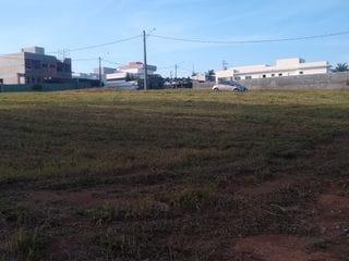 Foto do Terreno-Terreno à venda em Condomínio Jardim Flamboyan com 600 metros, excelente localização em Bragança Paulista/ SP