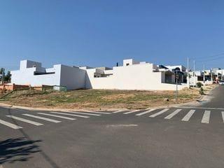 Foto do Terreno-Terreno de esquina  à venda, em  Indaiatuba, SP  Terreno   com 323,45 m², Mantova Residencial é um dos melhores condomínios, Portaria 24 horas